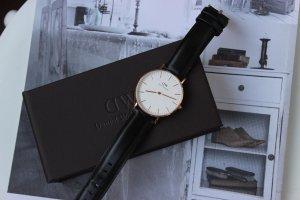 Daniel Wellington Uhr neuwertig