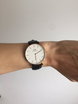 daniel wellington schmuck g nstig kaufen second hand m dchenflohmarkt. Black Bedroom Furniture Sets. Home Design Ideas