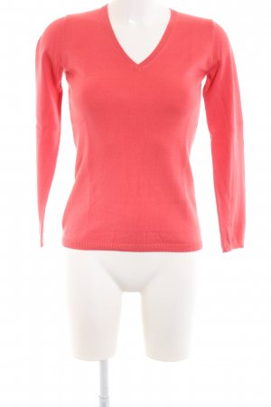 Darling Harbour V-Neck Sweater red business style