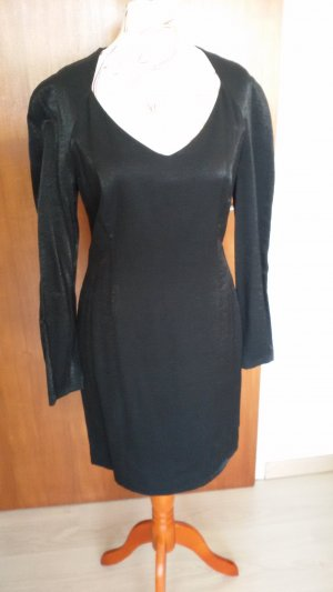 Blacky Dress Vestido a media pierna negro Viscosa