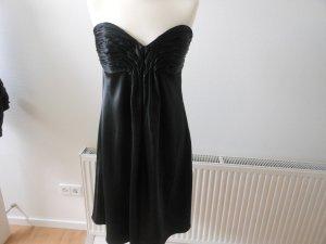 Das kleine Schwarze, Abendkleid trägerlos; ca. knielang; Gr. 42