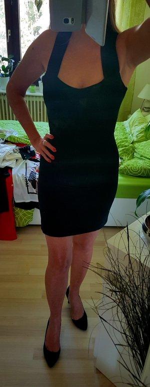 Das kleine Schwarze - ein Kleid für jede Gelegenheit