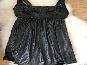 Das kleine Schwarze Kleidchen