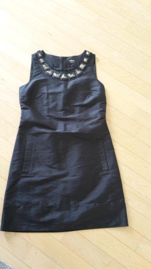 Das kleine Schwarze: Seidenkleid mit Dekor von Oasis
