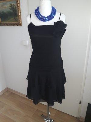 Das kleine Schwarze ❤ Vera Mont
