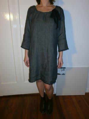 Das neue Kleid von Laura Ashley, 100% Leinen, mit Etikett