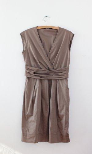 Das perfekte Kleid von BCBG MAXAZRIA