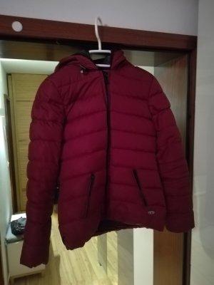 Daunen Jacke in bordaoux rot!