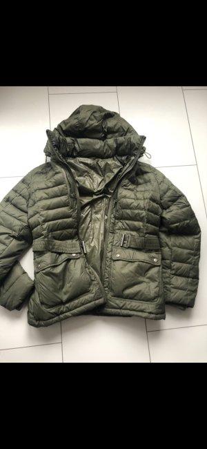 Daunen Jacke sehr leicht und weich