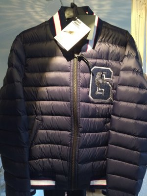 Daunenjacke dunkelblau kurz GSUS Gr. M einmal getragen