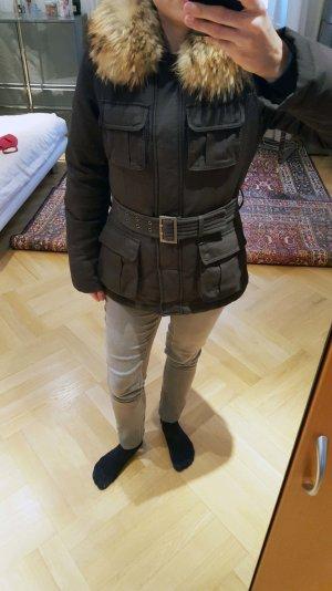 Daunenjacke mit Fell von Comptoir des Cotonniers