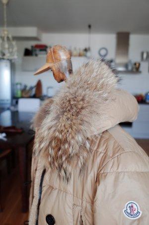 Moncler Abrigo de plumón beige