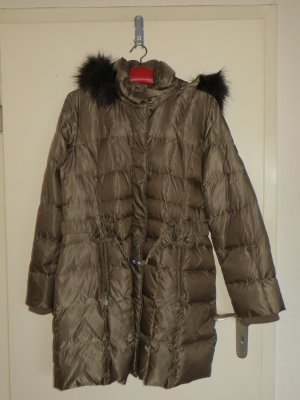 s.Oliver Down Coat ocher-black polyester