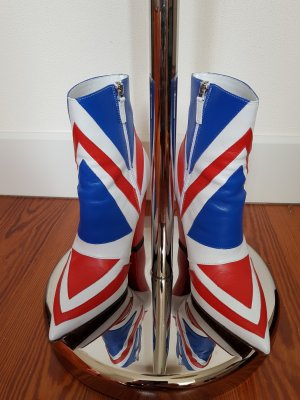 David-Bowie-Ancle-Boot von Laurence Dacade - Union Jack!