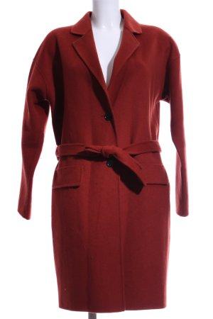 DAY Birger et Mikkelsen Abrigo de lana rojo oscuro look casual