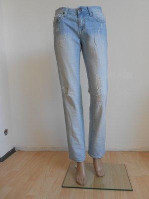 DBC Jeans hellblau mit Stickerei