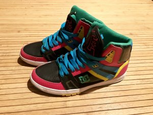 DC Women's Stance High 40 / US 8,5 Skater Sneaker Top wie neu schwarz Pink blau