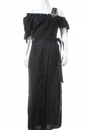 De Montanis Furiosis Traditional Dress black country style