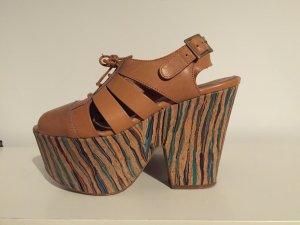 Deena & Ozzy Urban Outfitters Plateau Schuhe Sandaletten