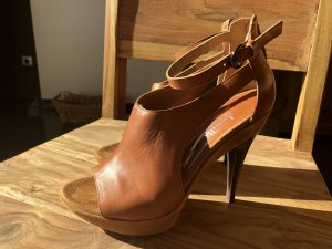 Peep Toe Pumps cognac-coloured