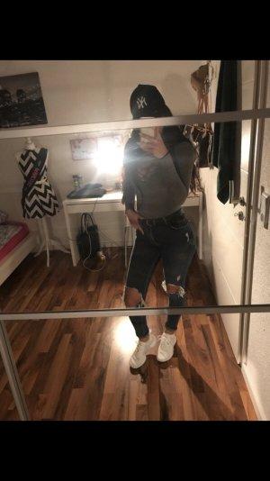 Denim Jeans mit Löchern