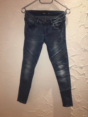 Denim Jeans mit Riffelung im Washed Out Style New Yorker