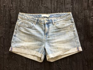 Denim Shorts von H&M, gebleached und in einem hellen blau gewaschen, Größe 29