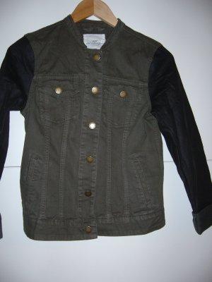 Denimjacke khaki Kunstlederärmel H&M S 36