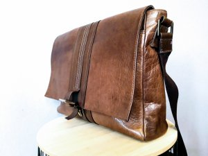 Laptop bag brown leather