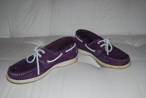 Der Sommer kommt! Mokassin / Bootsschuh / Segelschuh von Zign in lila / violett