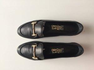 Der stylische Klassiker: Salvatore Ferragamo Loafer in schwarz