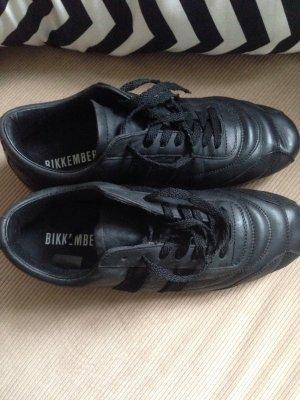 Der Trend Soccer Sneaker von Bikkemberg