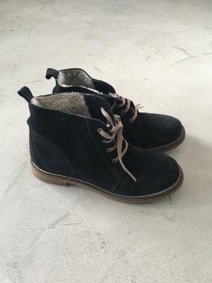 Desert Boots // Schwarz // Bambi