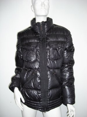 Fame Down Jacket black