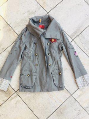 Designer Jacke aus Baumwolle