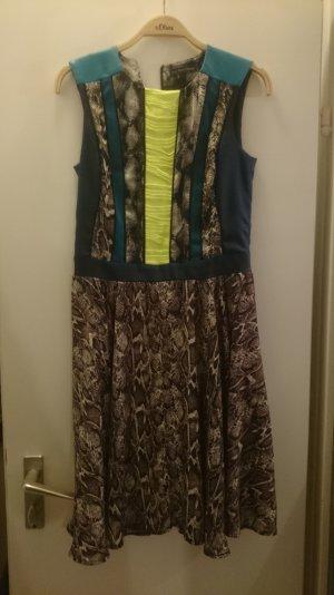 Designer Kleid von Marcel Ostertag