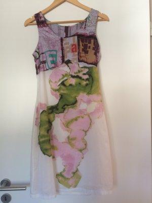 Designer Kleid weiß grafische- & Blumenmuster Größe 36
