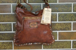 0039 Italy Shoulder Bag cognac-coloured leather