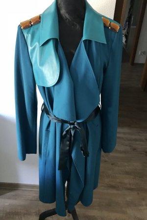 Designer Mantel mit Schulter Details