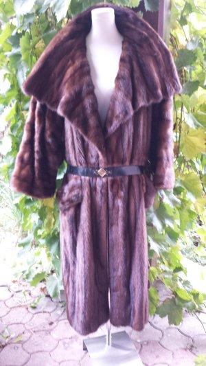 Abrigo de piel marrón-marrón oscuro Pelaje