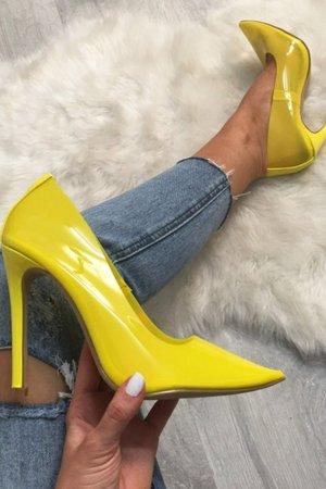 Zapatos formales amarillo