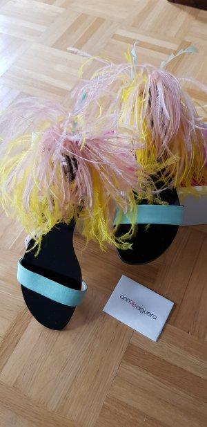 Sandales à talons hauts et lanière multicolore