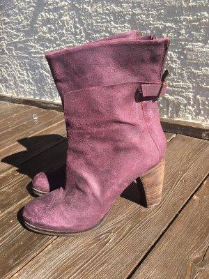 EGO Booties dark violet leather