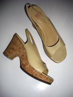 Designer Schuh Charles Jourdan Paris  Beige neuwertig NP 159 Euro Leder 41