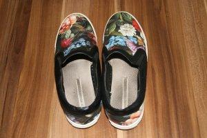 Designer-Sneaker mit Blumenmuster