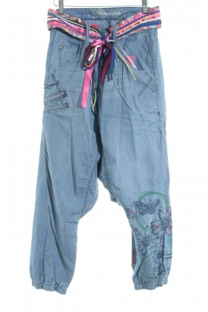 Desigual Baggy Pants blau-pink abstraktes Muster Street-Fashion-Look
