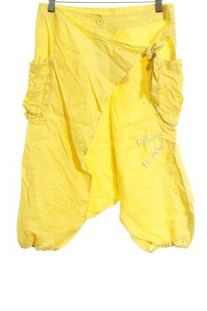 Desigual Pantalón abombado amarillo letras bordadas estilo extravagante