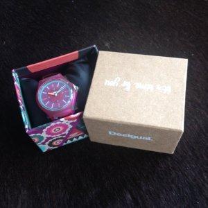 Desigual Damen Uhr in Original Box