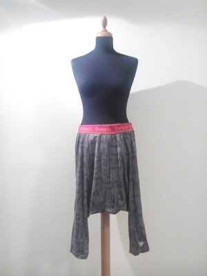 Desigual Haremshose kurz bequem zumba grau pink print yoga homewear jogginghose