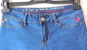 Desigual Jeans Gr. 36 bzw. Gr.S bzw. Gr. w26 Stiefeljeans